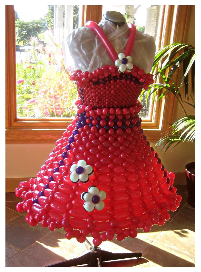 21e19e66d Chicago balloon artist Holly Nagel balloon dresses and balloon hats