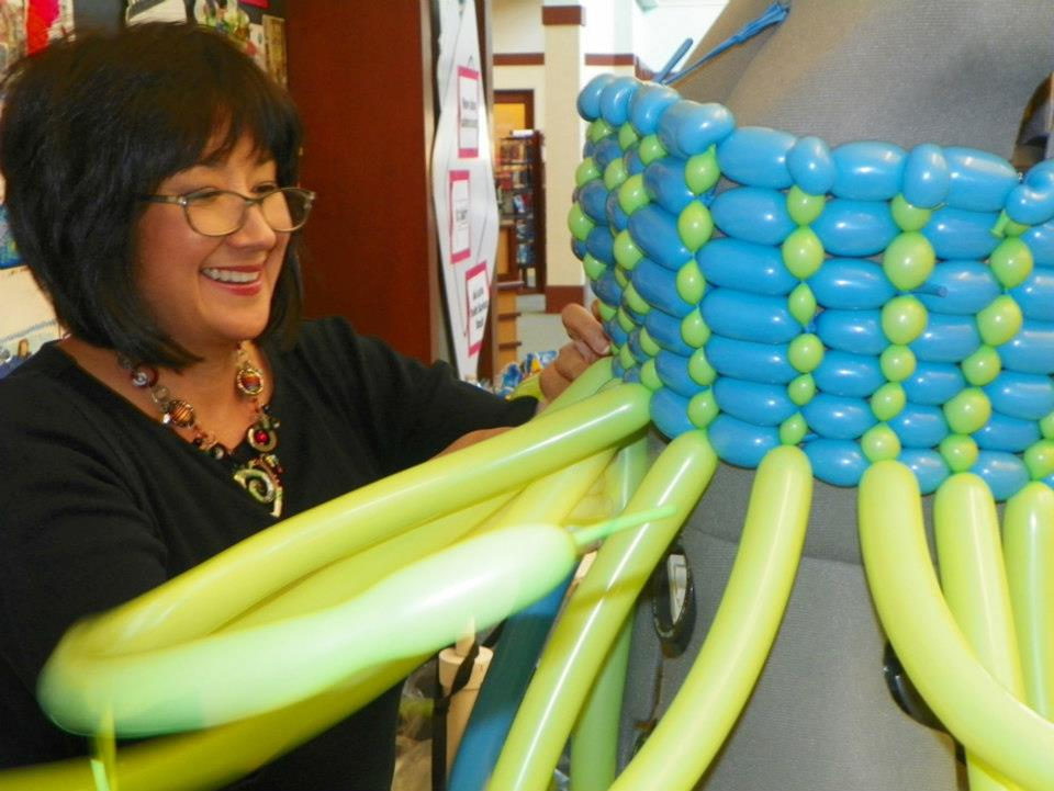 Holly Nagel creating the balloon dress
